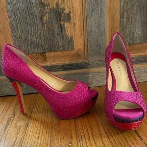 Gianni Bini sparkly pumps!